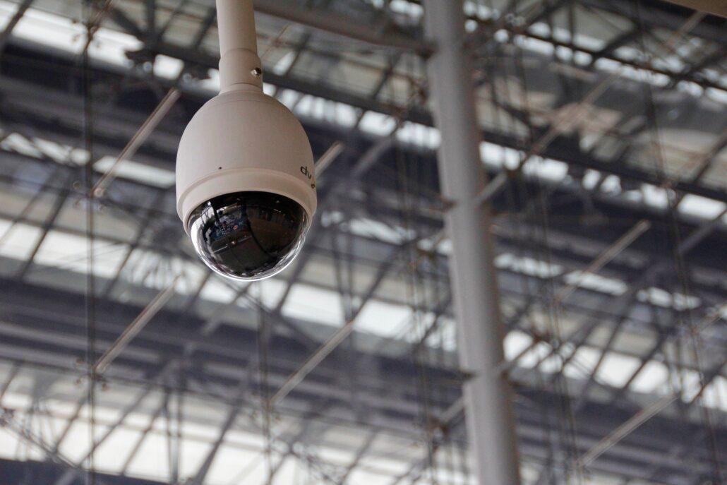 conocemos cómo deben estar colocadas las cámaras y monitores de grabación según el RGPD